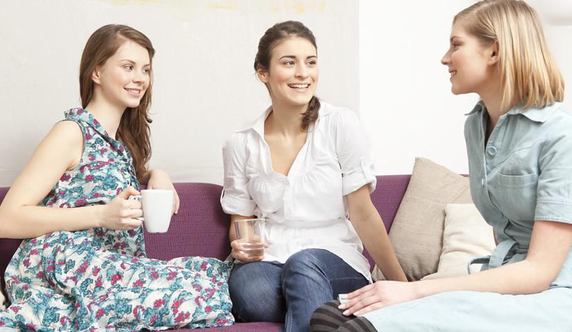El arte de la conversación se ha perdido y por eso te decimos la importancia de conocer personas nuevas