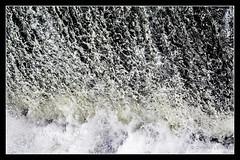 Barrage d'EDF Bazacle / EDF Bazacle dam - Toulouse (christian_lemale) Tags: toulouse france nikon d7100 eau water river rivire garonne barrage dam