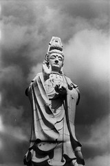 (jm.duarte97) Tags: black white bw b w fill roll budda bhudda buddha eden edden 35mm 35 mm ilford kodak statue