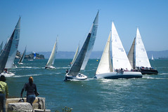 Clunk! (Lisa Ouellette) Tags: sanfrancisco kayak paddle windy sanfranciscobay stfrancisyachtclub phylliskleinmanswiftsureregatta
