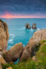 Los Urros - Liencres (saki_axat) Tags: sunset seascape canon atardecer tokina 1224mm hitech cantabria liencres gnd eos50d costaquebrada losurros canonikos