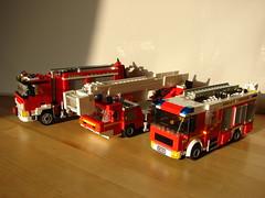 Lego Fire Trucks: Heavy Rescue, Ladder and Rescue Pumper (Outolintu.) Tags: rescue truck fire lego engine lf ladder feuerwehr drehleiter rstwagen
