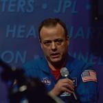 Astronaut Ron Garan answering tweeps' questions