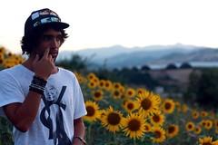 Reinventandome (LobsPhotography) Tags: portrait sun flores flower me photography photo pretty foto yo session fotografia photografy