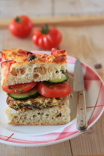 focaccia with tomatos and olives