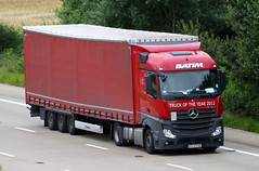 Mercedes Actros new look KN 65948 (gylesnikki) Tags: red truck artic mp4 batim