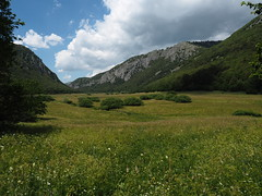 Valle d'Arano_22_1240 (Dubliner_900) Tags: olympus omdem5markii micro43 paolochiaromonte valledarano abruzzo cloud nuvole landscapes paesaggi paesaggio landscape mzuikodigitaled1240mm128pro