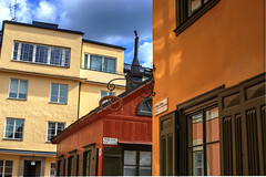 Lnga gatan revisited (Lanzen) Tags: street gata stockholm sweden city architecture detail hdr windows