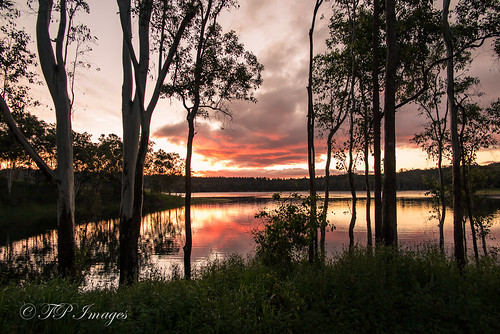 Lake Tinaroo Sunset!