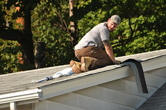 03 BEAR on the ROOF! (Violentz) Tags: male guy man roofer roof bear bearded hairy tattooed house home patricklentzphotography