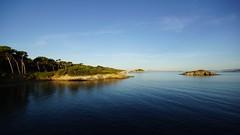 Presqu'le de Giens (marc.fray) Tags: presquledegiens calanquedufourchaux plage calanque iledelaredonne mer mditerrane giens var provence paca france