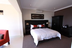 "Shingwedzi - Double or Twin Room • <a style=""font-size:0.8em;"" href=""http://www.flickr.com/photos/34800309@N05/7407871322/"" target=""_blank"">View on Flickr</a>"