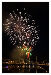 Bassin du commerce - Le Havre (miktris) Tags: de commerce fireworks du v le havre feu dartifice fuegos vuurwerk bassin feuerwerk fogos  artificiales fuochi artifcio dartificio