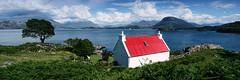 Red Roof Cottage Panorama (Tom Willett) Tags: plockton sgieldaig torridon lochtorridon scotland westerross highlands panorama redroofcottage croft applecros
