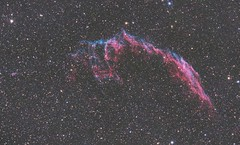 NGC6992 - Eastern Veil Nebula (DeepSkyDave) Tags: astrophotography astrofotografie astronomy astronomie night sky nacht himmel stars sterne deepsky cosmos kosmos natur nature long exposure langzeitbelichtung low light wenig licht canon eos 6d astrodon mod ngc 6992 astrometrydotnet:id=nova1722132 astrometrydotnet:status=solved