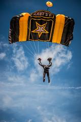 DSC_3053 (CEGPhotography) Tags: nikon cegphotography atlanticcity newjersey nj ac atlanticcityairshow 2016 thunderovertheboardwalk aviation flight sky usarmygoldenknights goldenknights parachutedemotemo parachute