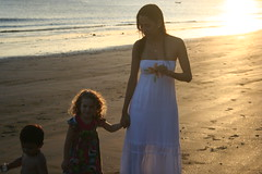 Anchieta (Marina Aguiar Araujo) Tags: praia beach felicidade prdosol es espritosanto anchieta
