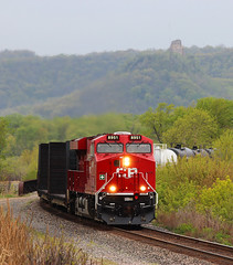 GEVO Vertical (view2share) Tags: railroad minnesota forest train river spring woods railway rr trains transportation transit homer mississippiriver april canadianpacific sugarloaf bluffs cp ge winona cpr mn 2012 generalelectric cprail manifest springgreen 28021 mixedfreight uppermississippirivervalley cp280 april2012 train280 cptrain280 april212012 cp8951