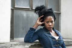 Fana (riomicael) Tags: woman black girl fashion rio nikon chica femme shooting mode fille micael d90 riomicael