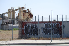 SOKE, SEKS Graffiti - Oakland, CA (EndlessCanvas.com) Tags: california ca graffiti oakland bombs fills throws seks soke seksgraffiti sokegraffiti