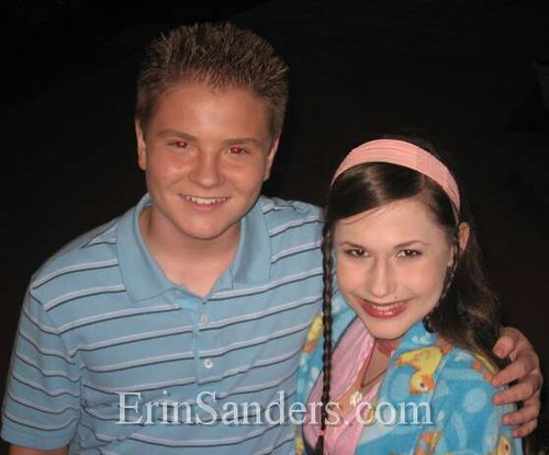 Jacob Nelson and Erin Sanders on set Zoey 101