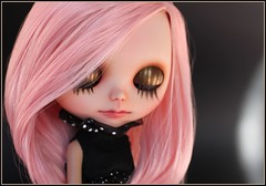 Uma (*Sweet Days*) Tags: carved doll artist carving blythe custom modded saran rbl reroot creayations