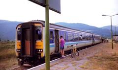 Dovey Junction, 29th June 1992 (elkemasa) Tags: 1992 sprinter class156 doveyjunction