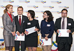 Helle Thorning-Schmidt and the 2012 Student Case Studies Winning Team: Sustainable Employment in Germany (lisboncouncil) Tags: brussels denmark for europe european transformation thomas centre cristina eu government ilaria martinez europeanunion adrin accenture collegeofeurope volpe helle thaler bobu lisboncouncil thorningschmidt pacn