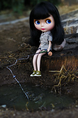 214/365 ~ Waiting (voo_doolady) Tags: lake green fishing olive converse blythe goldie raven allgoldinone fishingpole 365blythe
