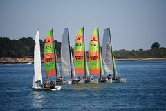 Zeilles in Golfe du Morbihan (BasBoerman) Tags: family camping summer holiday france strand zeilen boot boat vakantie familie july bretagne zee zomer frankrijk juli bootje 2012 zeilboot zomervakantie varen sarzeau
