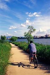 Han river (bluesbird83) Tags: olympus korea seoul e100vs hanriver    9000ed om3ti omzuiko