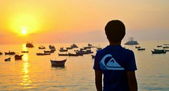 Bendito mar (manuelhumberto1) Tags: trip viaje sunset sea sol puerto atardecer botes mar paz playa quicksilver final cielo puesta naranja horizonte oceano brillo roadtrippin adios tranquilo tranquilidad