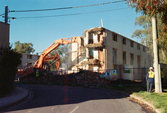Frame 1-2.jpg (njcull) Tags: 35mm 400 40mm 504410 c41 canberra canoneos33 ef40mmf28stm film focal focal400 owenflats lyneham australiancapitalterritory australia demolition
