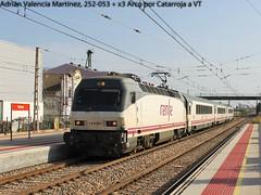 Un pasado reciente (Adrin Valencia Martnez) Tags: renfe larga distancia arco atardecer 252 catarroja tren convencional electrica locomotora coche