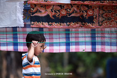 The Boy (syawal azizan) Tags: boy pattern candid streetphotography line telephoto potrait ruleofthird canonef135mmf2l canon5dmark2