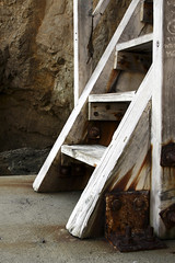 Beach Stairway (blue/f5.6) Tags: california stairs malibu elmatadorstatebeach