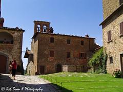Gargonza0631081 (Rob_Boon) Tags: italy gargonza tuscany toscane castello italie kasteel robboon castellodigargonza gargonzaitalie