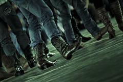 A paso lento. (Jorge Ortiz J) Tags: coffee café dance movement boots guatemala danza country movimiento zapatos baile botas bailar danceshoes jorgeortiz