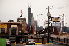 Best Shrimp in Chicago (Cycle the Ghost Round) Tags: city bridge urban usa chicago illinois industrial searstower unitedstatesofamerica gritty drawbridge alienation truss chicagoist alienated canoneos5d canonef24105mmf4lisusm armoursquare trunionbascule