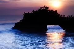 batubolong temple (MaTRaCH) Tags: sunset sea bali tanahlot purabatubolong matrach