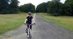 Tina (os♥to) Tags: people woman bike bicycle denmark europa europe pentax bicicleta zealand bici tina scandinavia danmark velo fahrrad vélo rower cykel sjælland デンマーク osto os♥to july2012 optiowg2gps fietssykkel