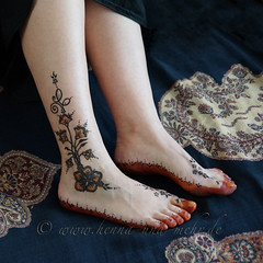 the feet of the bride (olga_rashida) Tags: berlin art painting foot kunst bodypainting mehendi pied bodyart mehndi tatuaggio hennatattoo fus mehandi krperbemalung mehndidesign  lacca peinturecorporelle khidab hennadesign  hennamalerei tatouageauhenn hennabemalung kunstamkrper httpwwwhennaundmehrde bemalungmitkhidab