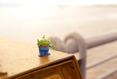 oooohh! O Garra!  (Natlia Viana) Tags: cute toys miniature brinquedo toystory et miniatura natliaviana ogarra