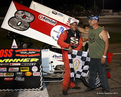 IMG_0461 (bettycandle) Tags: racing hoss racecars sprints sprintcars checkeredflag hoosieroutlawsprintseries featurewinners wingedoutlaws tonyneuenschwander 8chrisneuenschwander