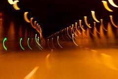 10-04-25 dyn tun b236 lich 8 dsc02000-hd (u ki11) Tags: b236 dynamik flucht kreuzung kurve licht lichterkette tunnel twunscharf