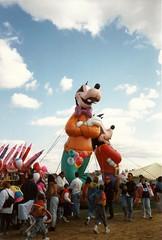 Balloon Fest (railynnelson) Tags: balloonfest hotairballoon harrisburg pennsylvania 1990 goofy disney gooftroop