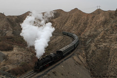 I_B_IMG_8180 (florian_grupp) Tags: asia china steam train railway railroad bayin lanzhou gansu desert landscape loess mountains sy ore mine 282 mikado steamlocomotive locomotive