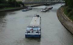 Ecluse (jptaverne) Tags: canal pniche batellerie voiedeau