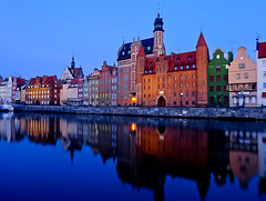 Early morning in Gdansk, Poland (Frans.Sellies (off for a while)) Tags: germany deutschland poland polska an explore polen tyskland allemagne gdansk danzig polonia duitsland gdask pologne   polsko   almanya niemcy explored  poljska polonya  pholainn    anpholainn      p1440119