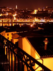 Porto by night (2)